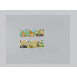 Pour présenter des illustrations, les recopier et les annoter. Le papier et les photos adhèrent également au tableau par électricité statique.